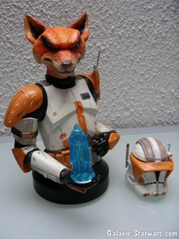 Sculpture - Tête de la Mascotte Galaxie-starwars.com - Page 2 Photo1025