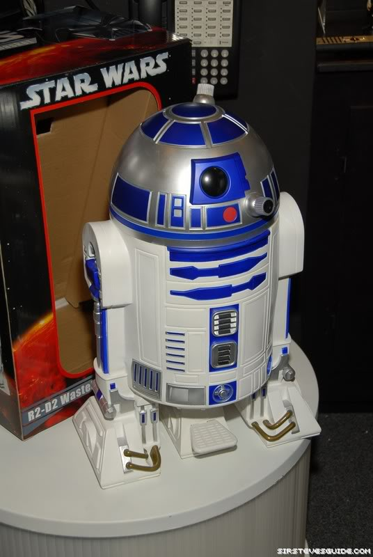 R2-D2 Trash Can NYF_6291_resize