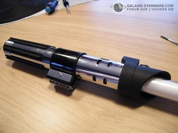 Tuto démontage sabre Master Replicas FX Darth Vader ANH  DSCF3315copie