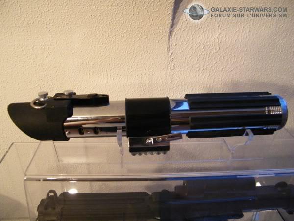 Tuto démontage sabre Master Replicas FX Darth Vader ANH  DSCF3339copie