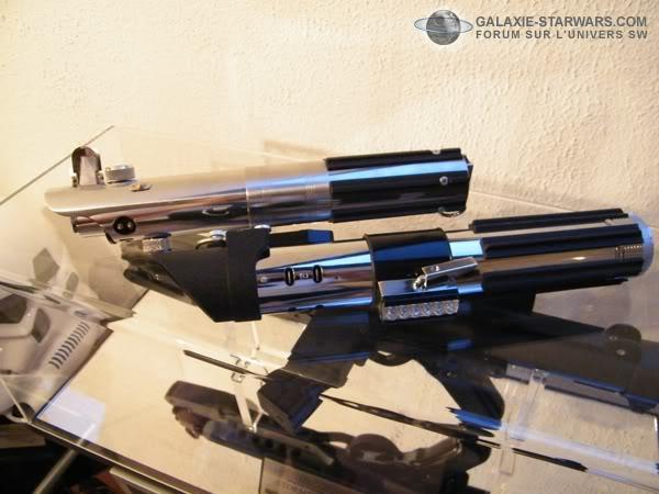 Tuto démontage sabre Master Replicas FX Darth Vader ANH  DSCF3341copie