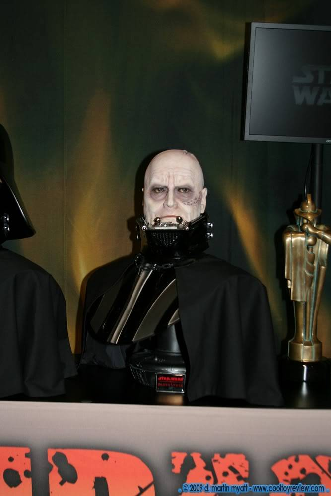 Darth Vader life size Bust 1/1 - Page 2 IMG_0653