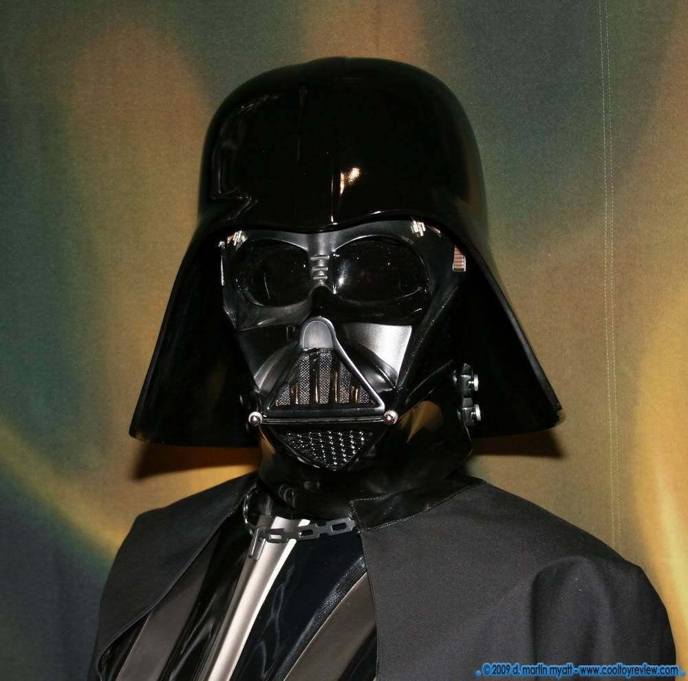 Darth Vader life size Bust 1/1 - Page 2 IMG_0658