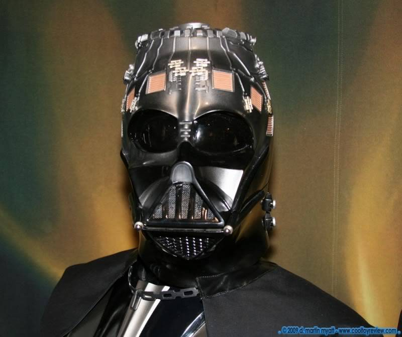 Darth Vader life size Bust 1/1 - Page 2 IMG_0671