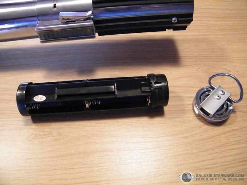 Tuto démontage sabre Master Replicas FX Luke épisode V (ESB) DSCF3091copie