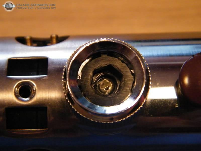 Tuto démontage sabre Master Replicas FX Luke épisode V (ESB) DSCF3094copie