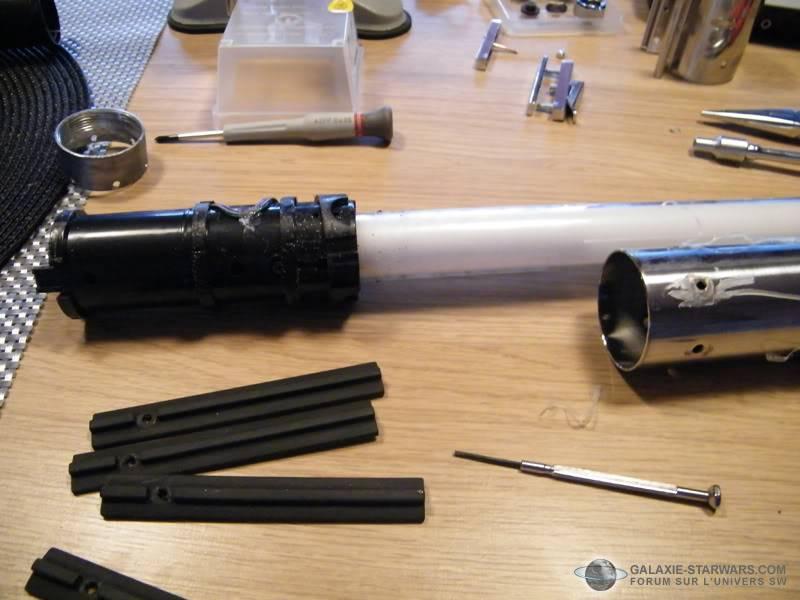 Tuto démontage sabre Master Replicas FX Luke épisode V (ESB) DSCF3105copie