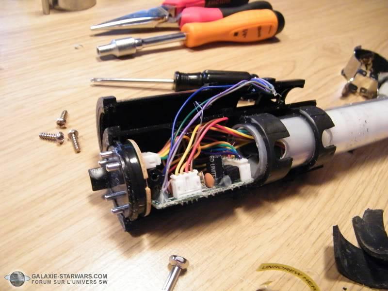 Tuto démontage sabre Master Replicas FX Luke épisode V (ESB) DSCF3110copie