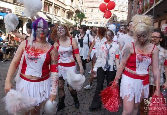 Zombie Walk Strasbourg 10 Septembre 2011 299480_232259790157649_100816293302000_704631_1433571722_n
