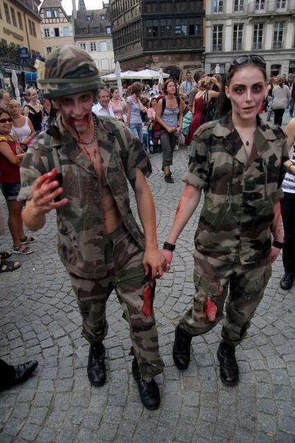 Zombie Walk Strasbourg 10 Septembre 2011 311118_10150318011163497_834643496_7877158_1037174989_n