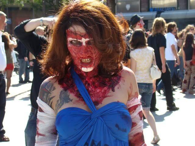 Zombie Walk Strasbourg 10 Septembre 2011 DSC06228