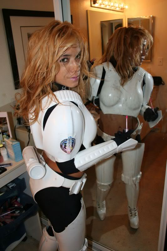 Femtrooper Julie is back !! Femtrooper_julie_blue-001