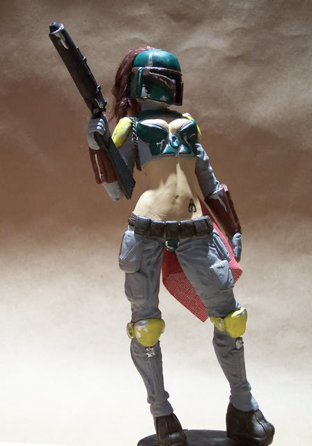 Mandalorian Female statue by David Johnson 100_3620