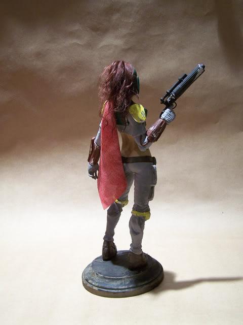 Mandalorian Female statue by David Johnson 100_3630-1
