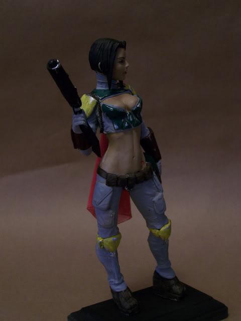 Mandalorian Female statue by David Johnson 100_3652
