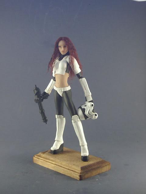 Mandalorian Female statue by David Johnson Female_stormtrooper_by_spectrestudi