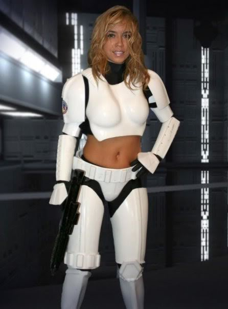 Femtrooper Julie is back !! Untitledb-1