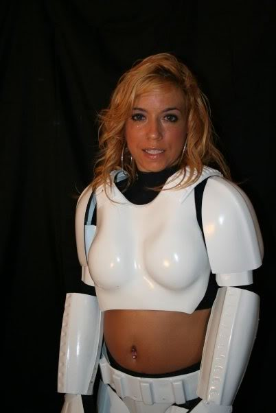 Femtrooper Julie is back !! Untitledj