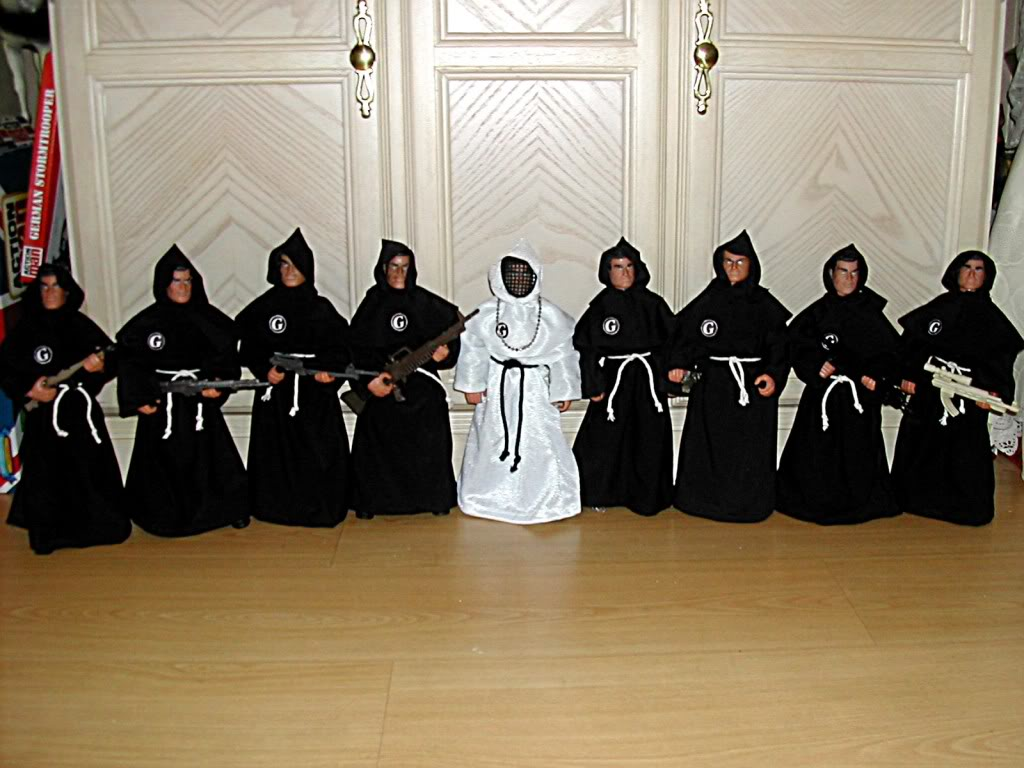 monks, holy mam DSCN3493b