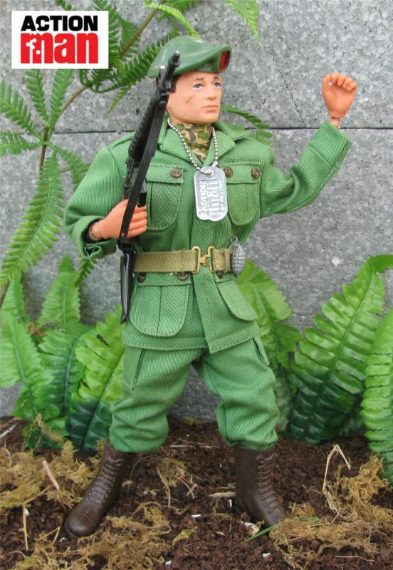August 2016 - Green Beret  Vampic2