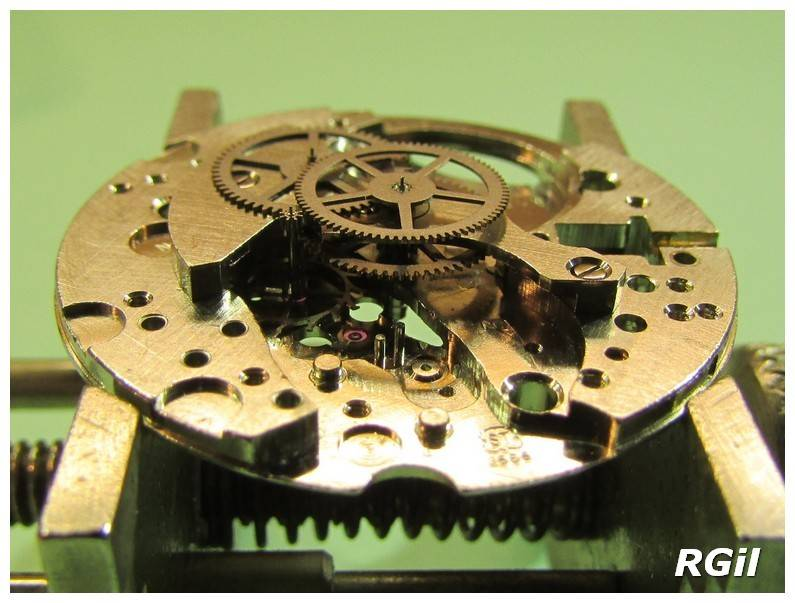 Révision d´une montre vintage Rodania. 633-Rodania%20%2010_zpsno7equz9