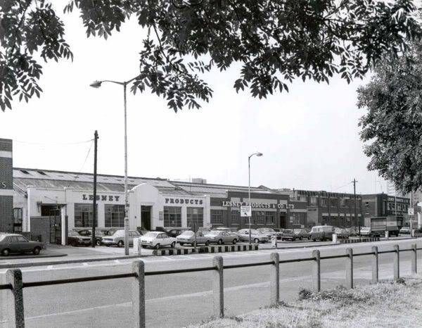 LESNEY LOS PRIMEROS AÑOS UN POCO DE HISTORIA Warehouse4s