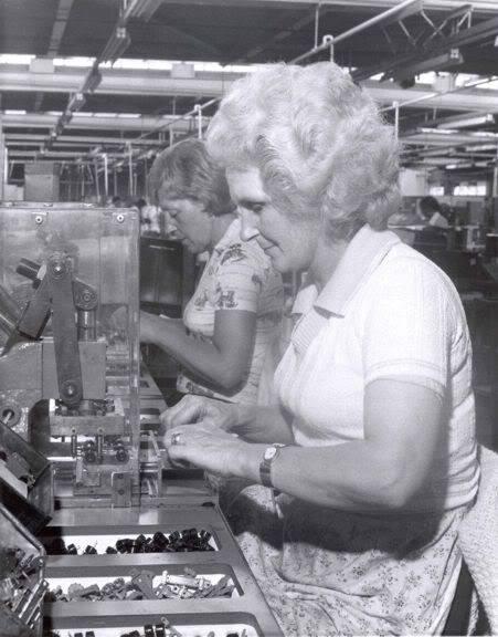 LESNEY LOS PRIMEROS AÑOS UN POCO DE HISTORIA Warehouse6s