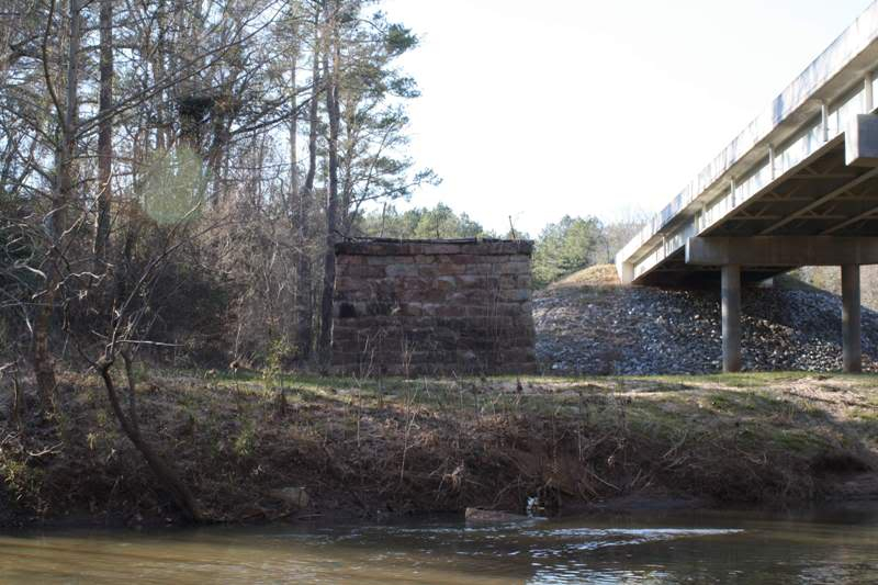 Did some explorin' with my BIL today... Bridge02
