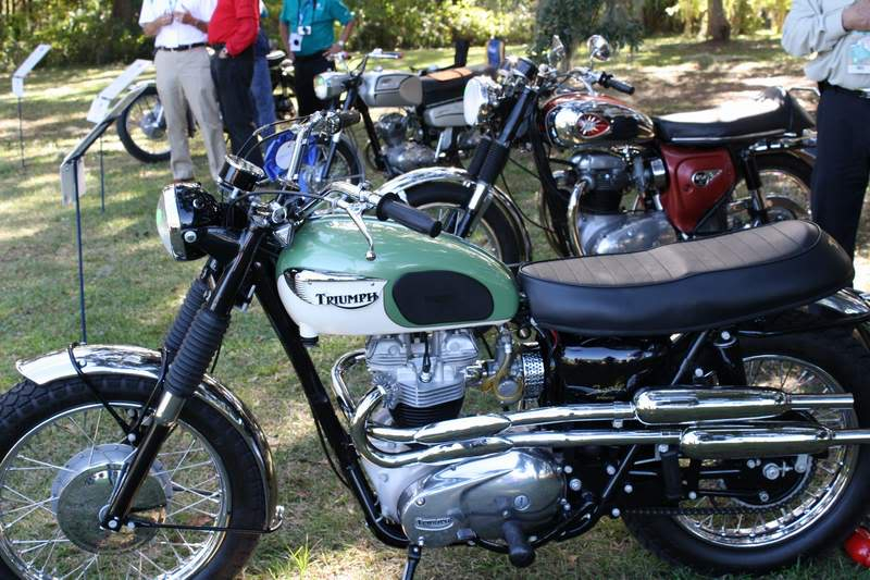 Bike Pics from the HHI Car Show HHI04