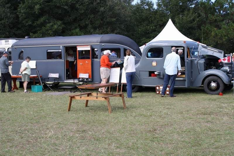 Camper Pics from the HHI Car Show HHI33