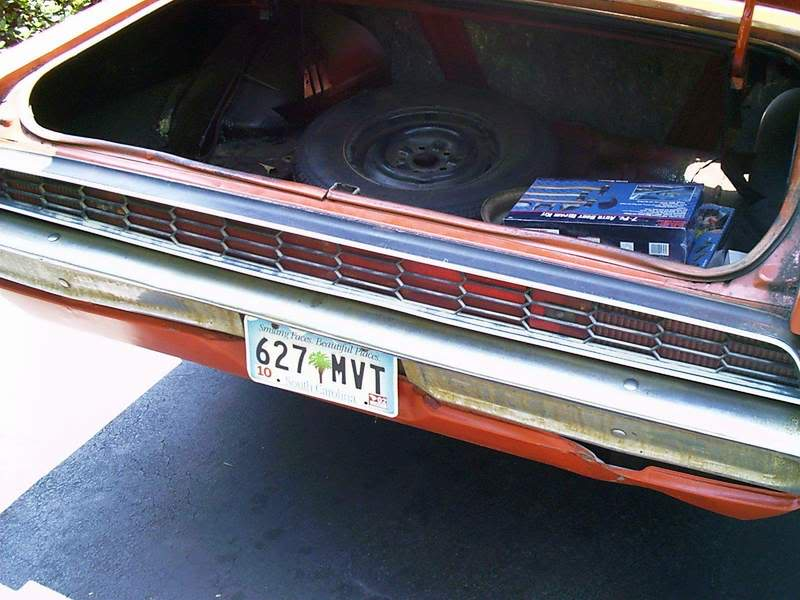 Torinocator's Back From the Dead (well almost...) 70 Torino GT Taillights_before