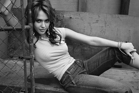 April Morgan [Terminer] Jessica-Alba-jessica-alba-55372_450