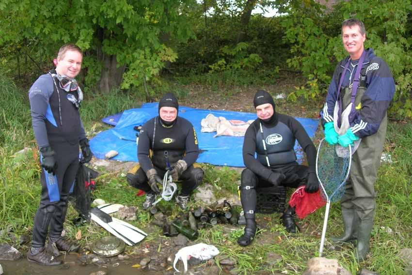 Chasse aux bouteilles sur la Rivière des Mille-Îles - 23 Septembre 2010 BDF23septembre2010K