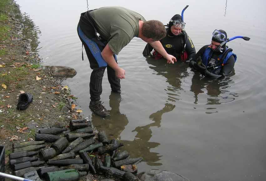 Chasse aux bouteilles sur la Rivière des Mille-Îles - 23 Septembre 2010 BDF23septembre2010ZC