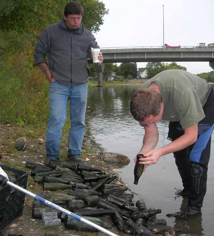 Chasse aux bouteilles sur la Rivière des Mille-Îles - 23 Septembre 2010 BDF23septembre2010ZN