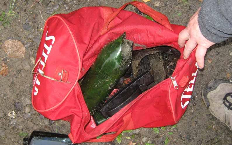 Chasse aux bouteilles sur la Rivière des Mille-Îles - 27 Septembre 2010 BDF27septembre2010ZA