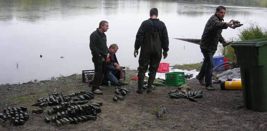 Chasse aux bouteilles sur la Rivière des Mille-Îles - 27 Septembre 2010 BDF27septembre2010ZQ
