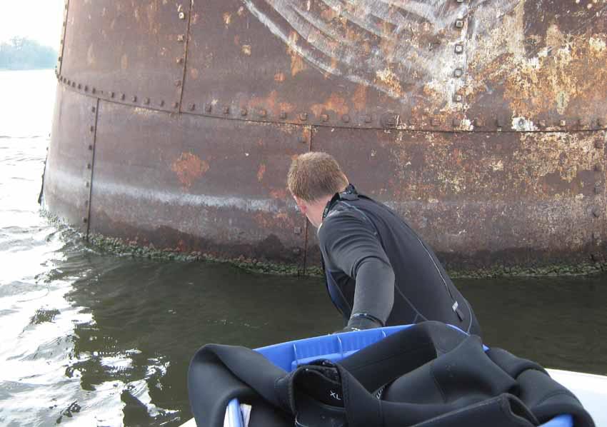 Plongée sur la Rivière des Outaouais - Premier Septembre 2010 Duck1SEPT2010F