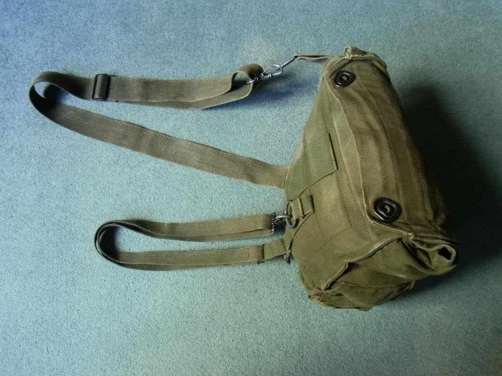 US Army gasmask pouch M17 Vietnam era (original) RIMG0027_zps67680668
