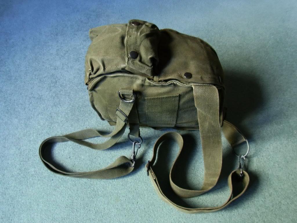 US Army gasmask pouch M17 Vietnam era (original) RIMG0031_zps7793e475