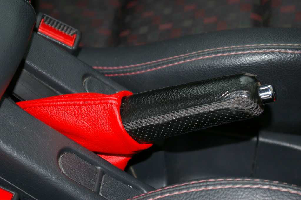 Gear Lever Leather and Black Magic 002