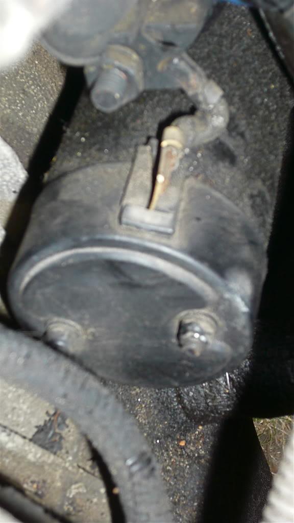 Glx 1.6l ; 07/1992 : Démontage du démarreur P1080878