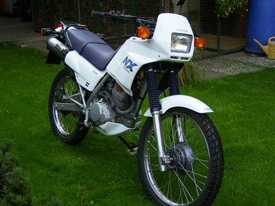 nuestra historia motera Honda-nx-125-04_zps8a43b23b