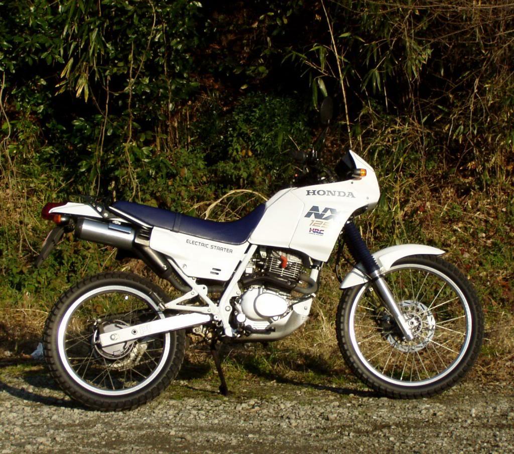 nuestra historia motera Honda-nx-125-08_zpsc98c5ad9
