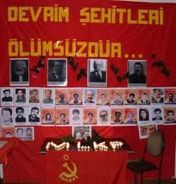 Os comunistas do MKLP conmemoran aos mártires revolucionario 07090920mlkp2