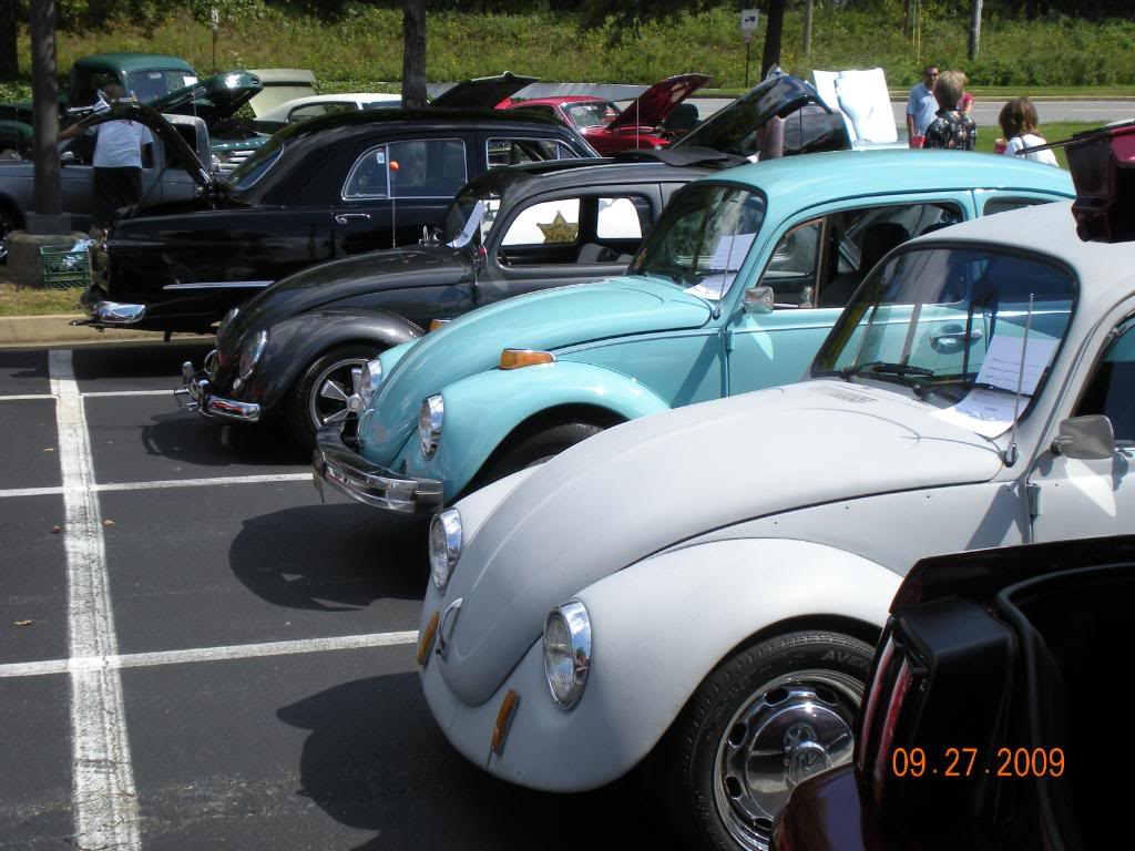 Car Show at The Varsity @ Town Center this sunday 1