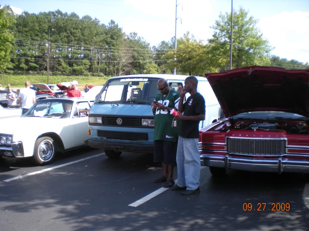 Car Show at The Varsity @ Town Center this sunday 10