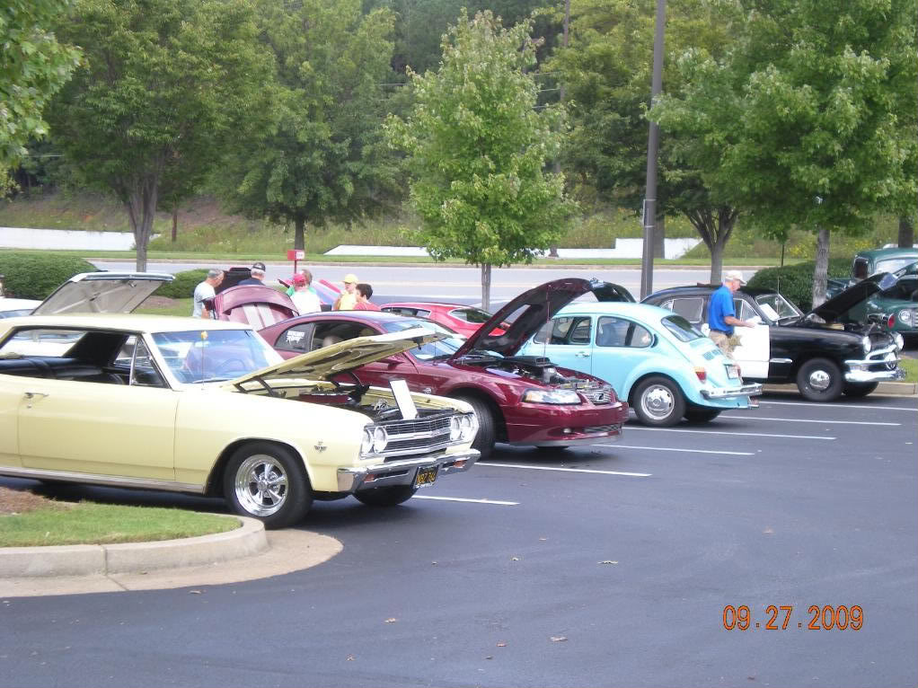 Car Show at The Varsity @ Town Center this sunday 11