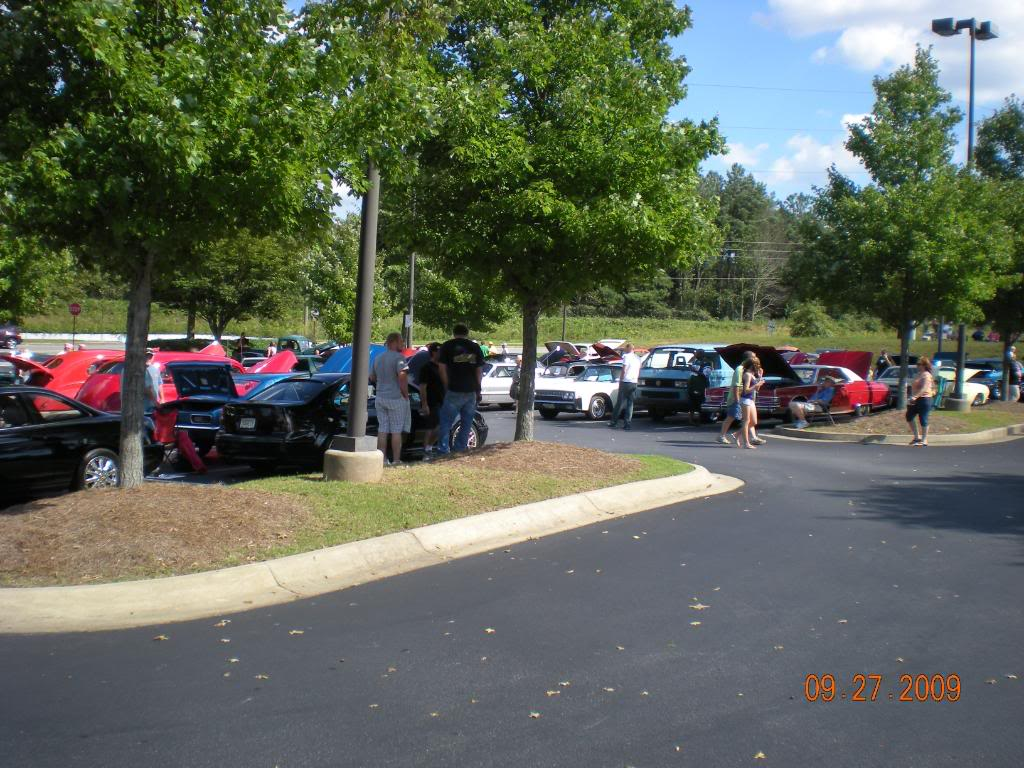 Car Show at The Varsity @ Town Center this sunday 15