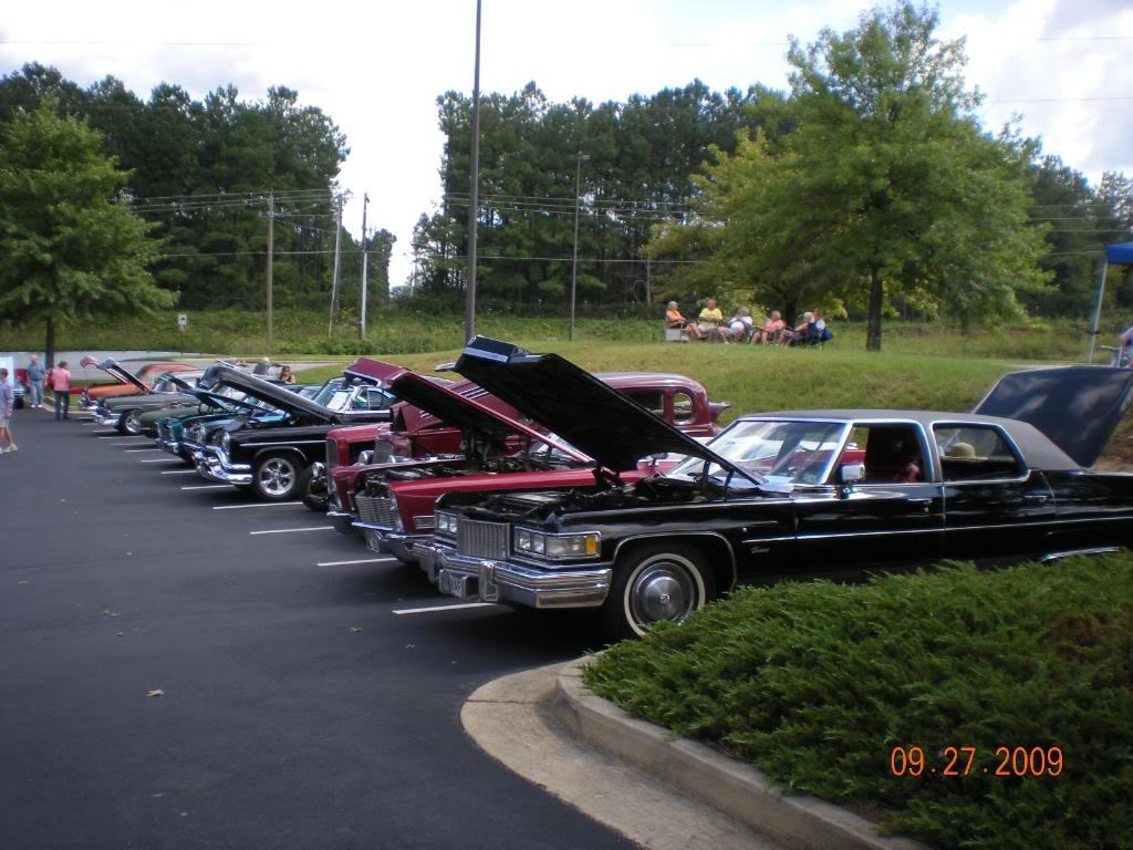 Car Show at The Varsity @ Town Center this sunday 16